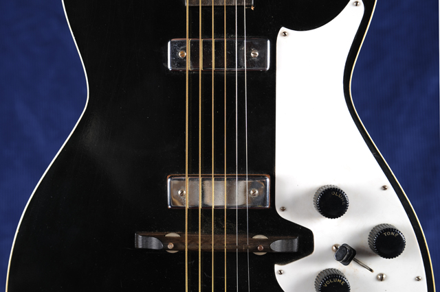 Silvertone_body-front-middle