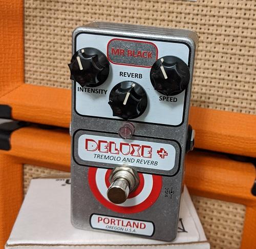 MrBlack Deluxe Plus Harmonic
