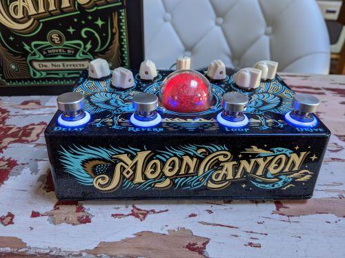 DrNo.MoonCanyon.closeup.SBSref